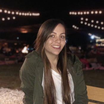 Babysitter Brisbane: Maria camila