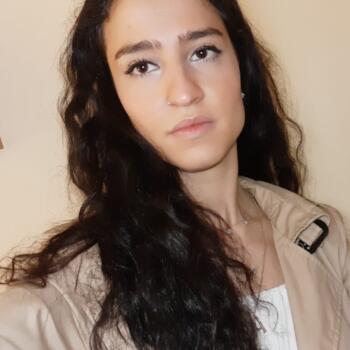 Canguro en Granada: Elena