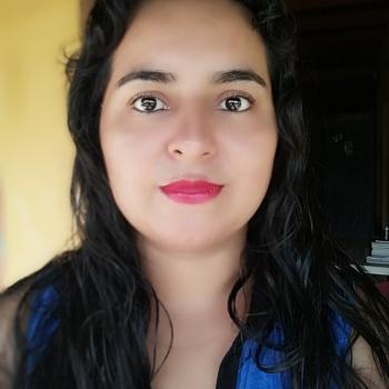 Niñera Medellín: Vicky