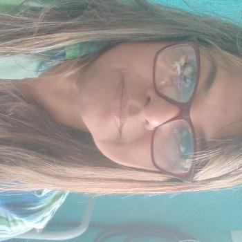 Babá em São Vicente: Solange