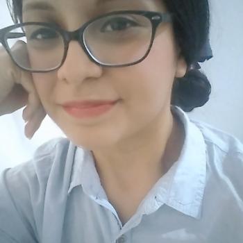 Babysitter Trujillo Alto Zona Urbana: Angie