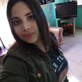 Niñera Malvinas Argentinas: Estefania
