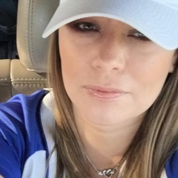 Babysitting job in San Antonio: babysitting job Debbie