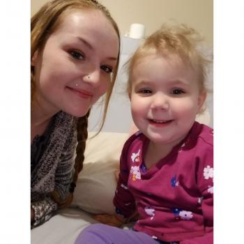 Baby-sitter Moncton: Chealyn