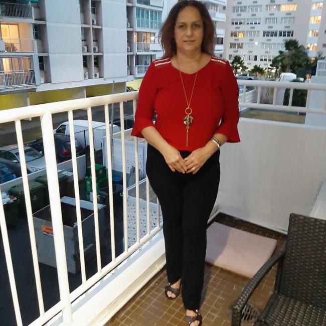 Babysitter in San Juan: Evelyn