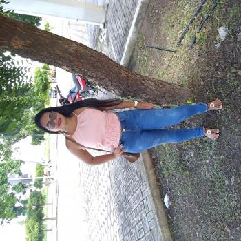 Babá em Uberlândia: Jaine