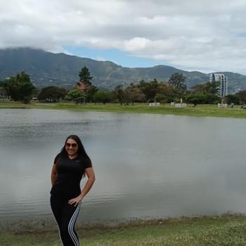 Niñera en San Juanillo: Alejandra