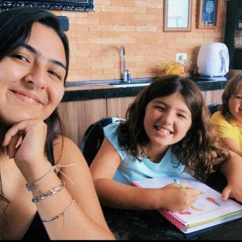 Babá Londrina: Isabela