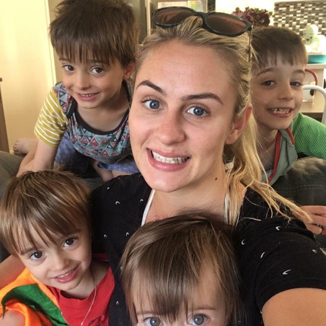 Babysitter in Wellington: Coleen
