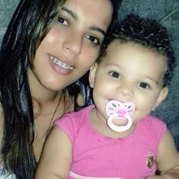 Babysitter Vila do Conde: Aline Silva