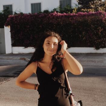 Babysitter Seville: Angela
