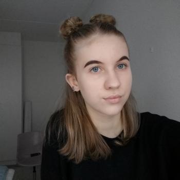 Lastenhoitaja Merikarvia: Emma