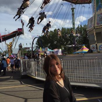 Babysitter Edmonton: Mindy