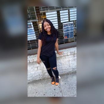 Babysitter Jamaica: Dian