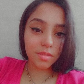 Babá em Londrina: Paloma