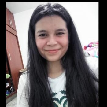 Babysitter in Medellín: Nathalia