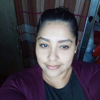 Babysitter in Tres Ríos: Raquel