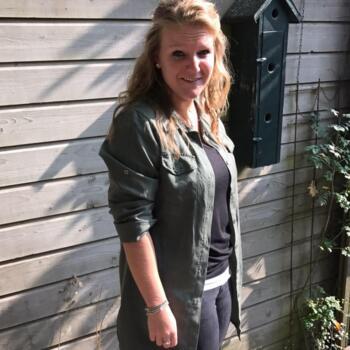 Babysitter in Hattem: Nicole