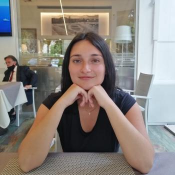 Babysitter a Palermo: Giulia