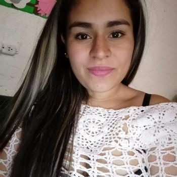 Babysitter in Retiro: Angie