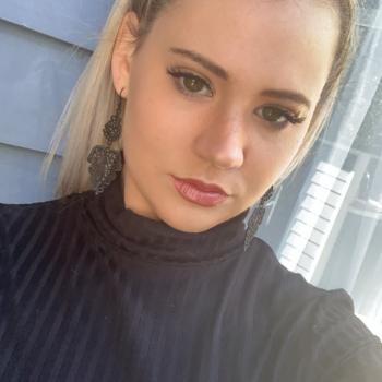 Babysitter in Brisbane: Katelyn