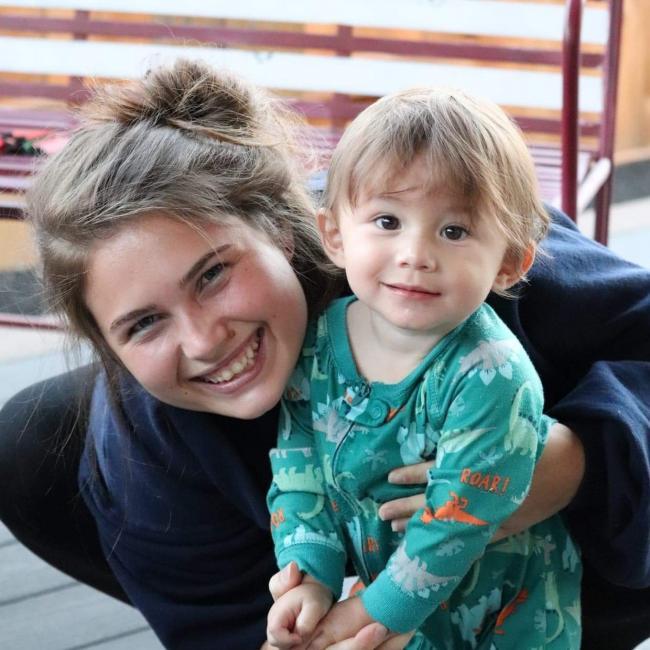 Babysitting job in Dallas (Oregon): Shae