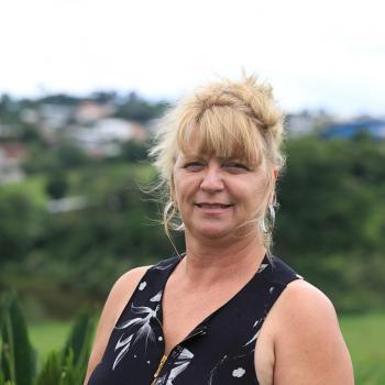 Babysitter in São José dos Pinhais: Denise