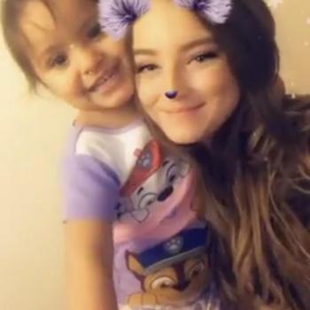 Baby-sitter Winnipeg: Latisha