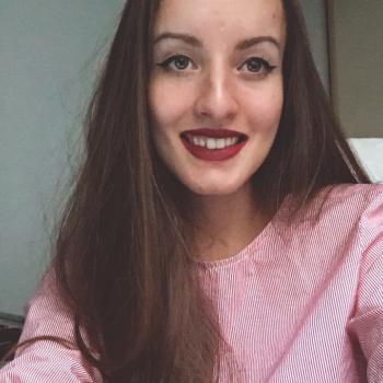 Baby-sitter Chalon-sur-Saône: Estelle