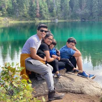 Babysitter Edmonton: Dipti