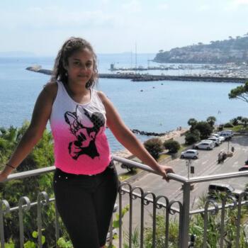 Babysitter in Naples: Tiziana