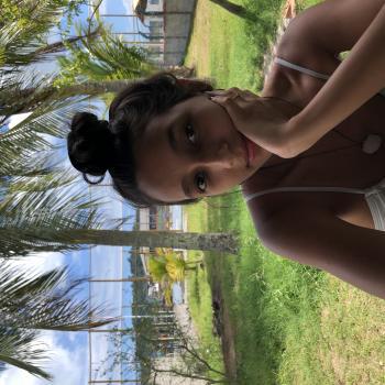 Babá em Salvador: Anne