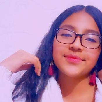 Babysitter Funza: Nícol Morales
