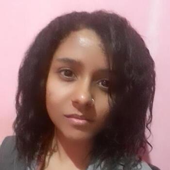 Babá em Mogi das Cruzes: Débora