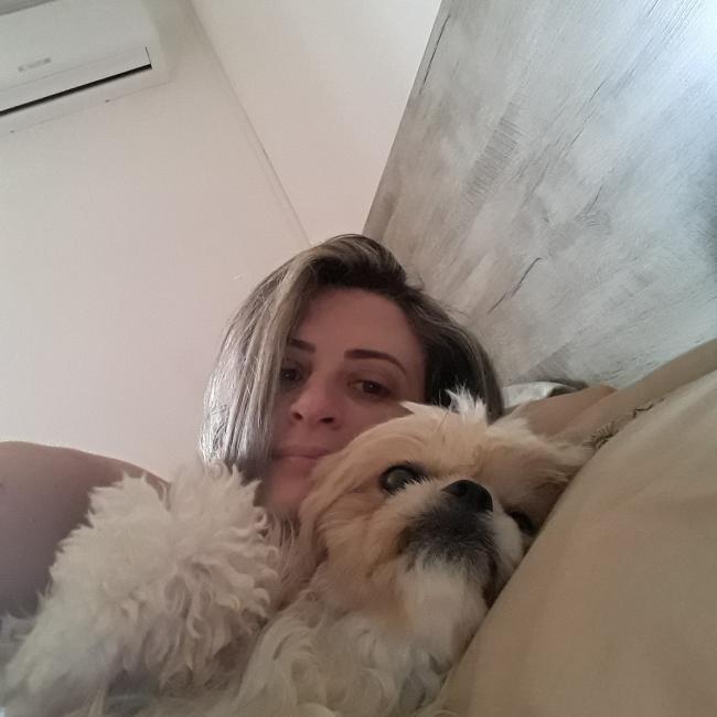 Babá em Londrina: Ane Caroline