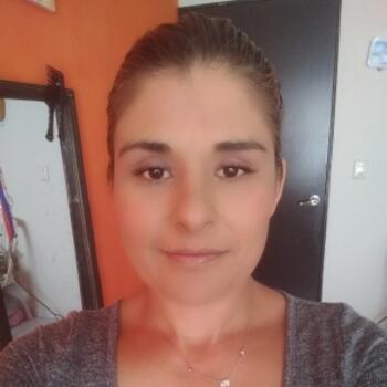 Niñera en Santiago de Querétaro: Vicky