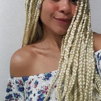 Babá Londrina: Naiely Thais Gonçalves