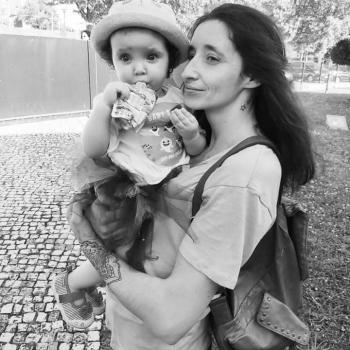 Trabalho de babysitting São João da Madeira: Trabalho de babysitting Patricia
