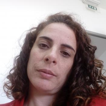 Babysitter Oliveira do Bairro: Baby Academy