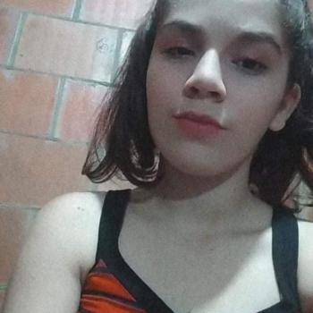 Babá Manaus: Emilly