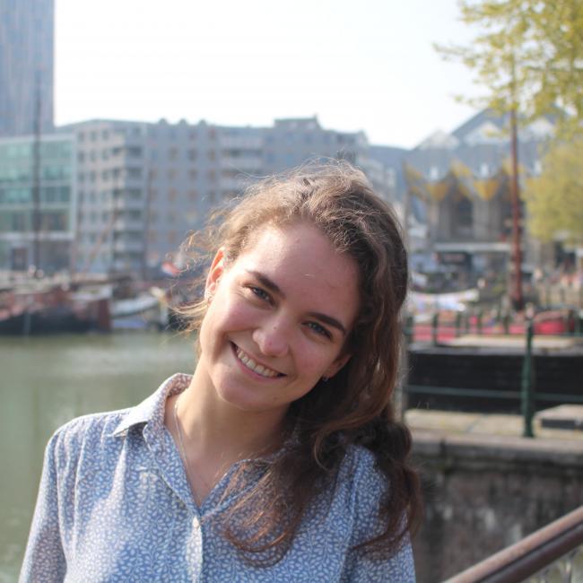 Oppas in Rotterdam: Linde