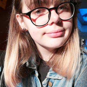 Baby-sitter in Charleroi: Léa