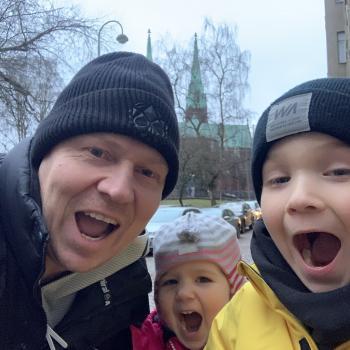Barnvaktsjobb i Helsingfors: Aki