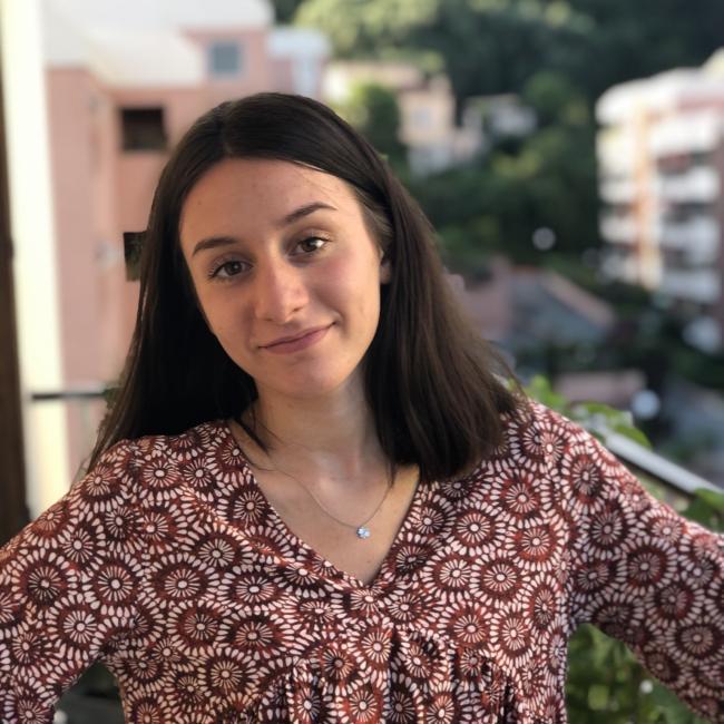 Baby-sitter in Aix-en-Provence: Elisa
