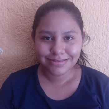 Niñera Santa Cruz del Valle: ANGELICA lucero