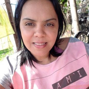 Niñera Artigas: Fernanda