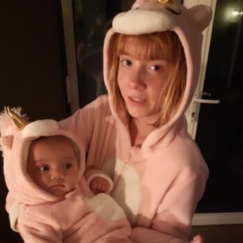 Babysitter in Zomergem: Nora