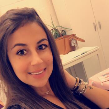 Baby-sitter in Tournai: Sarah