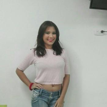 Niñera Malambo: Caro