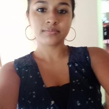Niñera en San Juan: Angie yosary